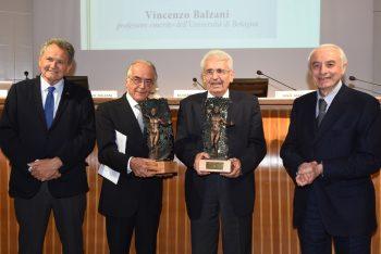 Premio Genius Romandiolae Assegnato A Dino Amadori E Vincenzo Balzani